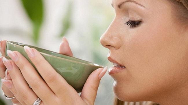 uống dầu dừa chữa bệnh trĩ