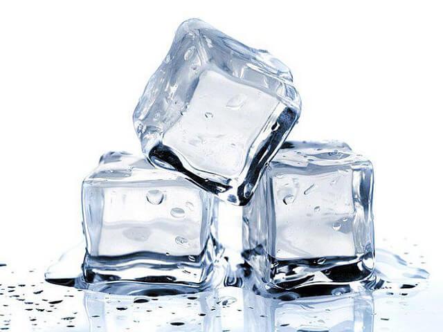 Giảm cơn đau do bệnh trĩ gây ra bằng đá lạnh